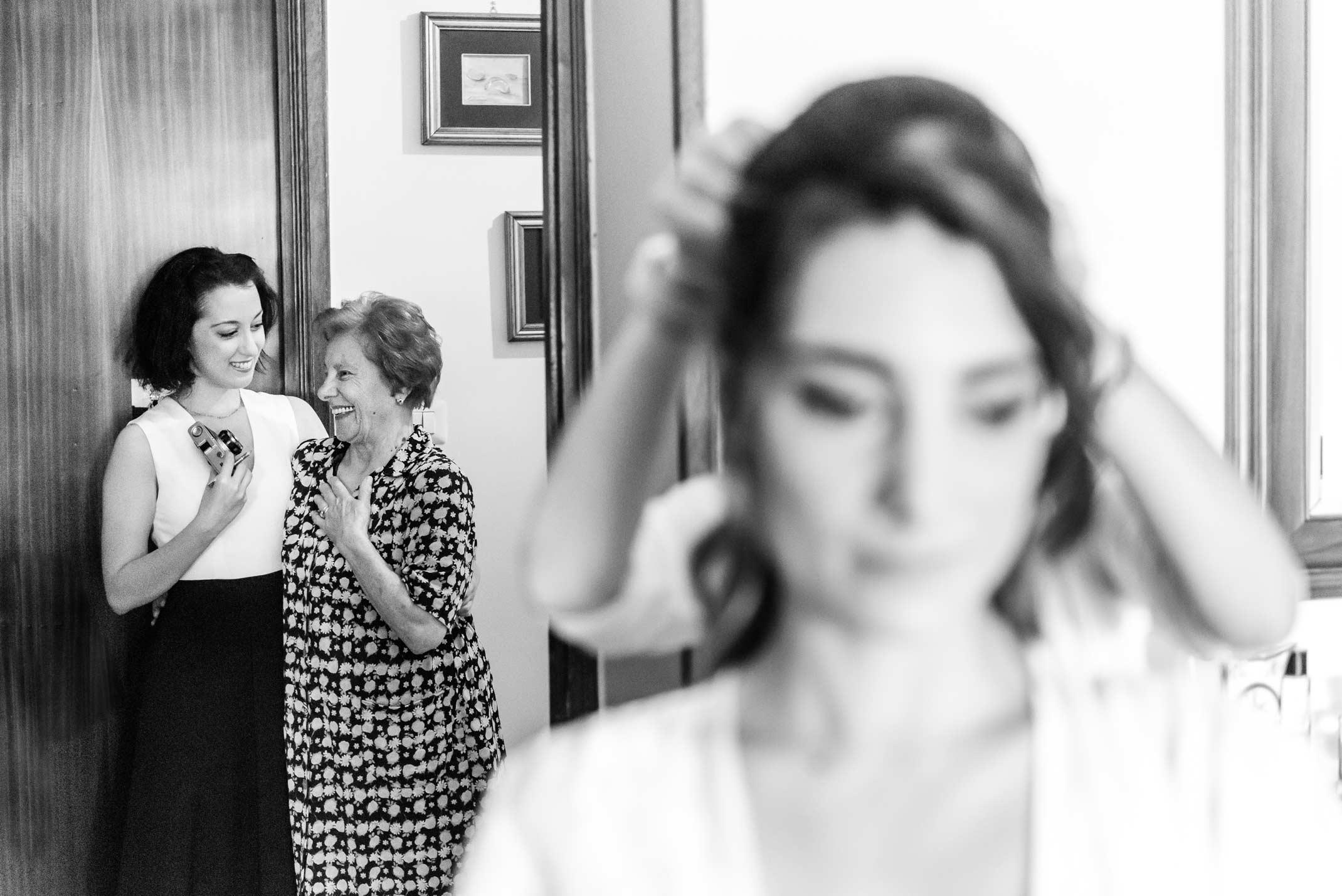 Fotografo-Di-Matrimonio-Stile-Reportage-Preparativi-Sposa
