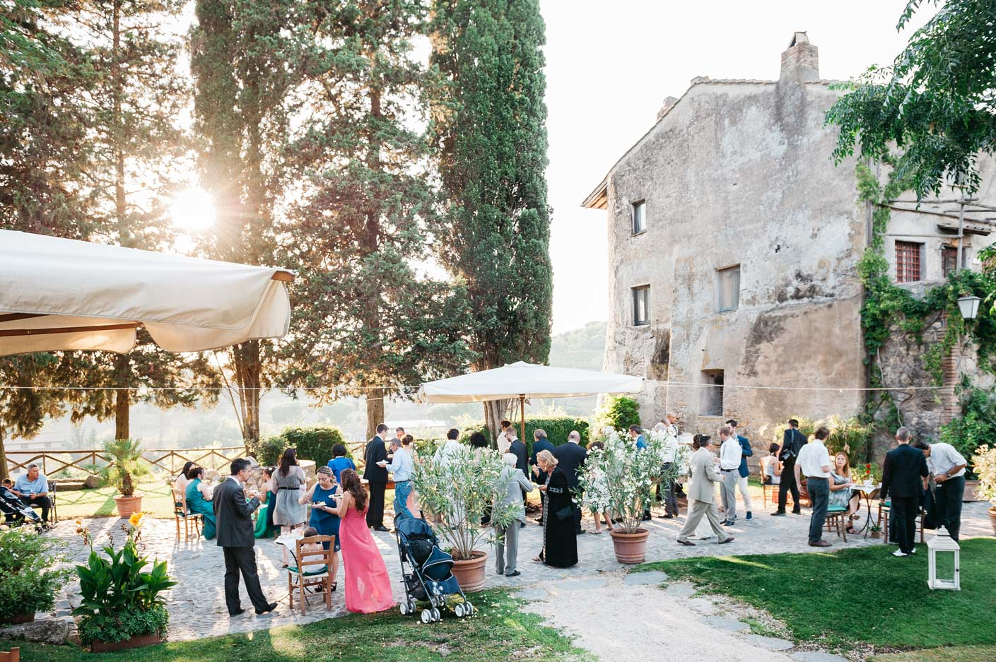Reportage-Wedding-Photography-in-Italy-Reception